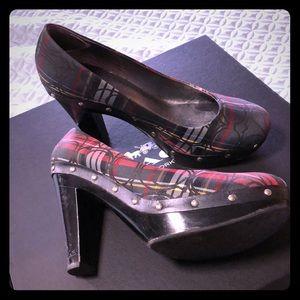 Coach heels size 8.5